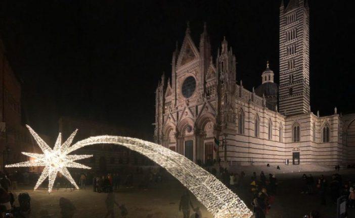 Giochi di luce per il Natale di Siena