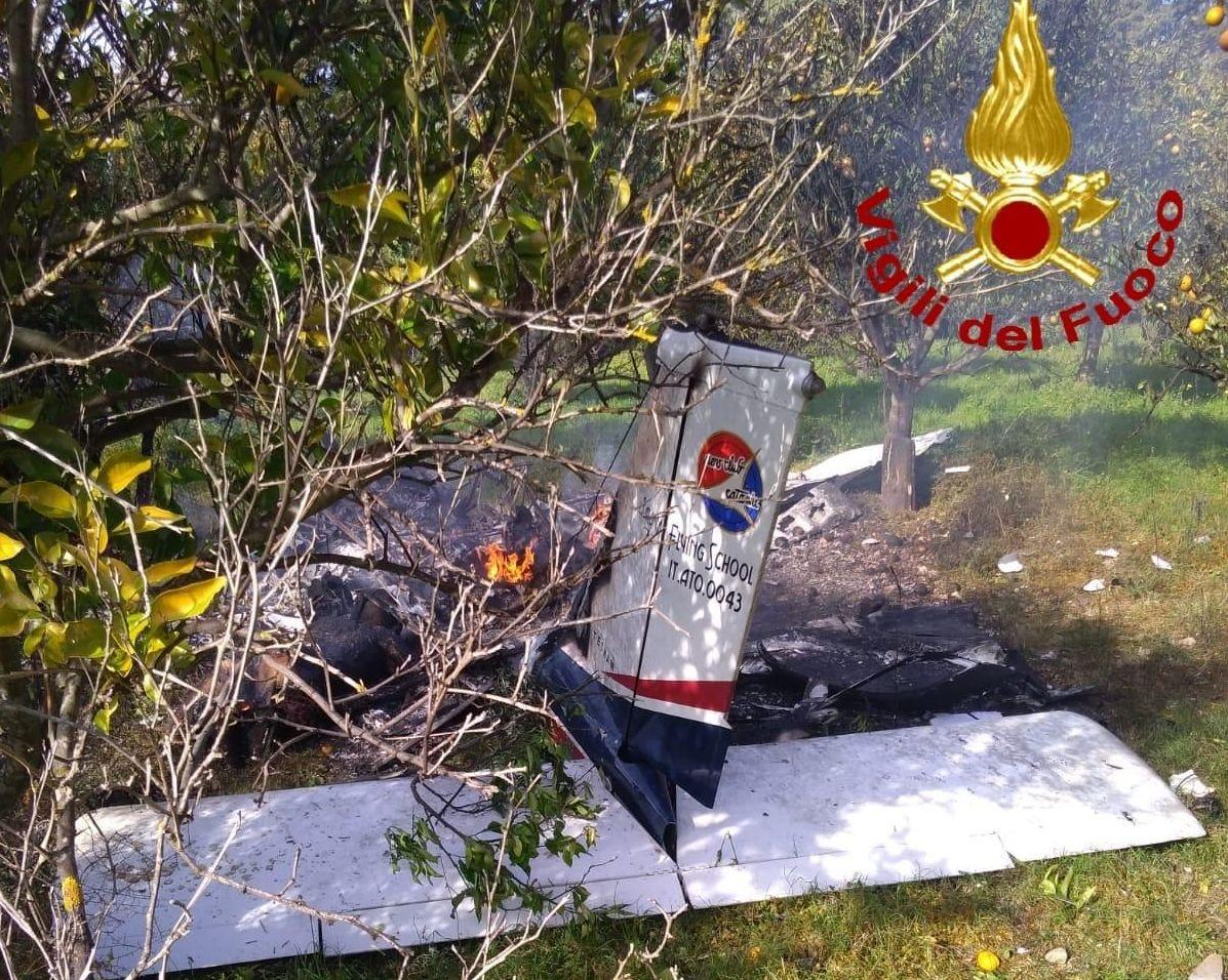 Aereo precipitato vicino a Siracusa: 2 morti