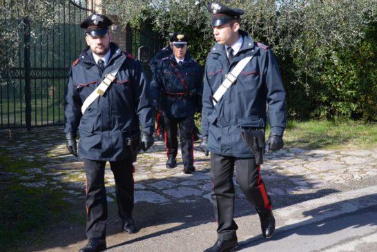 """Arrestato dai Carabinieri dopo reiterate """"evasioni"""" dai domiciliari"""
