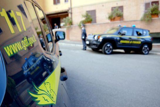 Furbetti dei prezzi in Valdorcia: GdF trova distributore di carburante non in regola