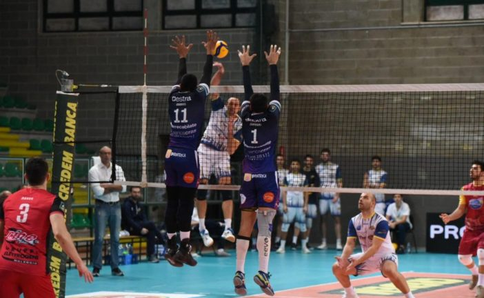 Volley: Siena sconfitta da Castellana Grotte