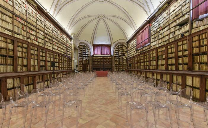 Biblioteca degli Intronati sempre attiva, nonostante Covid-19