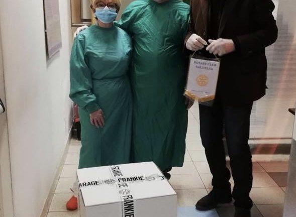 Il Rotary dona 190 mascherine all'ospedale di Campostaggia
