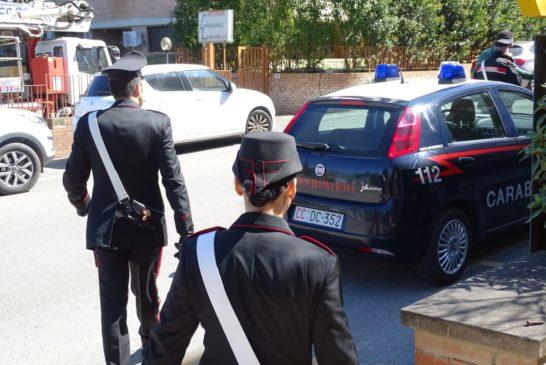 Evade dai domiciliari per fare la spesa: arrestato dai Carabinieri