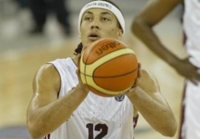 Basket: Romero passa alla Snaidero