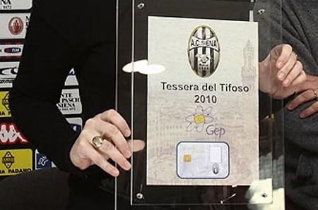 Robur Senense: il Siena invita a ritirare la tessera