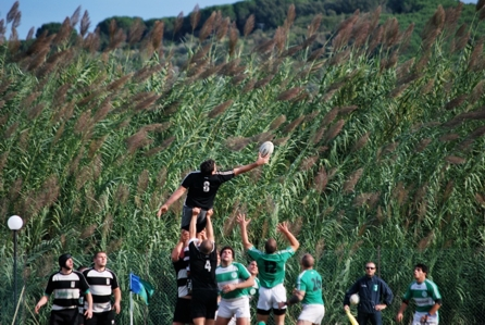 Rugby: vince il Cus, perde il Club 2000