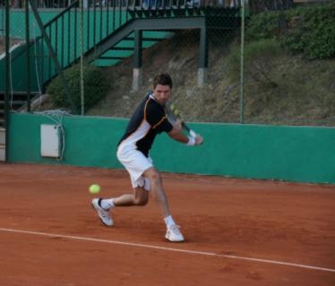 Tennis: Janni a Siena ritrova lo smalto dei bei tempi