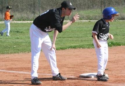 Al Sarocchi un corso per i prof di ginnastica sul baseball