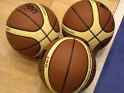 Arbitri di pallacanestro in raduno il 13 settembre