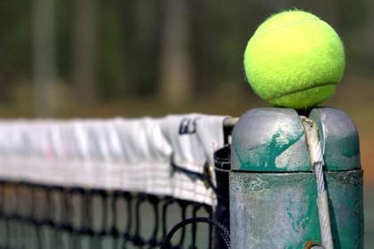 Tennis: verso la conclusione il torneo di Colle