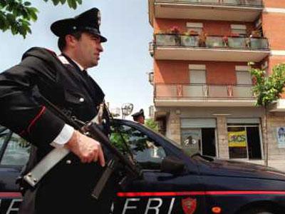 Arrestato per violenza e resistenza a pubblico ufficiale