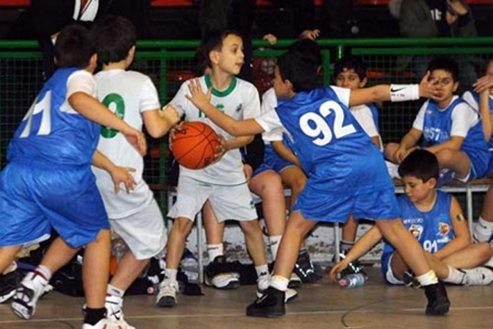 Basketball Generation in Campania