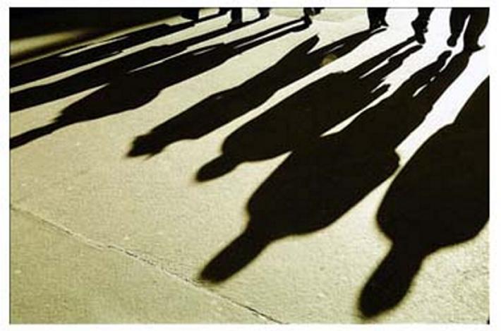 Il paese delle ombre lunghe. Sempre le stesse