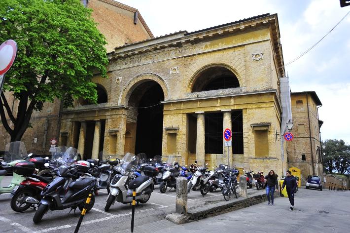 """Il Liceo Piccolomini """"orienta"""" i nuovi studenti"""