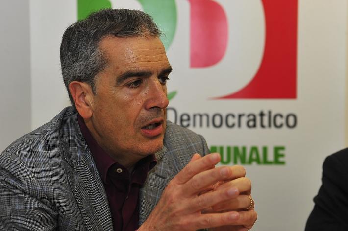 Valentini chiede l'accesso agli atti sul pagamento ad Intesa