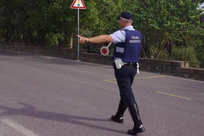 Sei persone sanzionate dalla Polizia Municipale