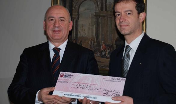 Mps: le filiali Toscana Nord ed Ovest aiutano Ant e Aipd