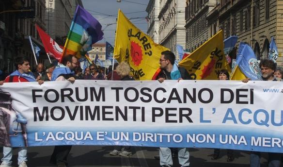 Manifestazione per l'acqua pubblica a Roma. Siena c'era.