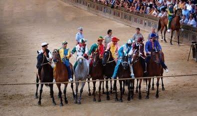 48 cavalli da Palio in pista a Monteroni