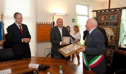 Curtatone: cittadinanza onoraria agli atenei di Siena e Pisa