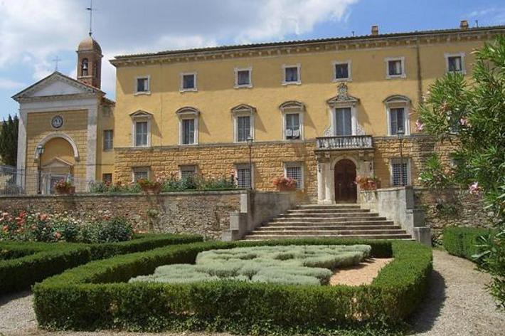 A Castelnuovo Berardenga un incontro su patologie femminili e nuove cure
